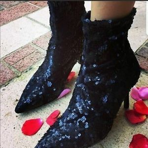 NWT ZARA | Black Sequin Heel Ankle Boot